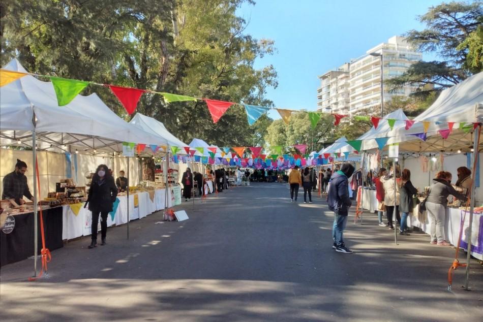 Ferias y mercados Arriba Rosario: el fin de semana extra largo llega con múltiples propuestas